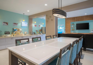 Holiday Inn Express And Suites Nassau